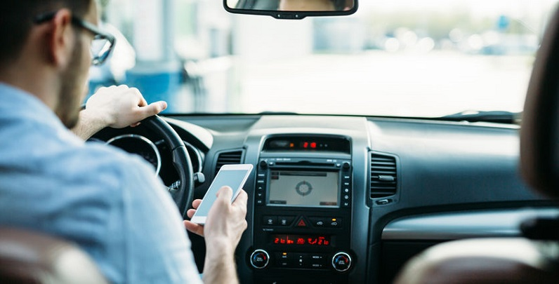 Phone Apps to Stop Distractions While Driving